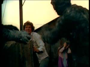 The child 1977 zombie fight